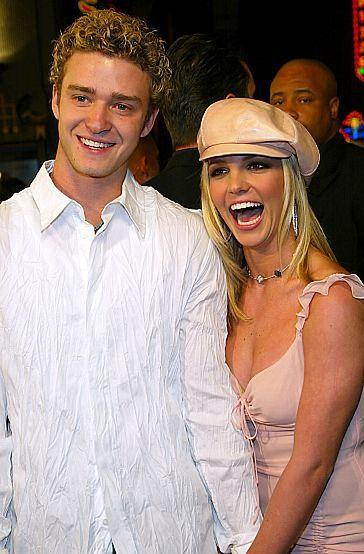 Justin pomaga Britney!