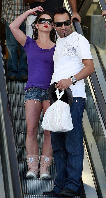 """Britney zatrudniła Adnana! Będzie jej """"chłopcem na posyłki""""!"""