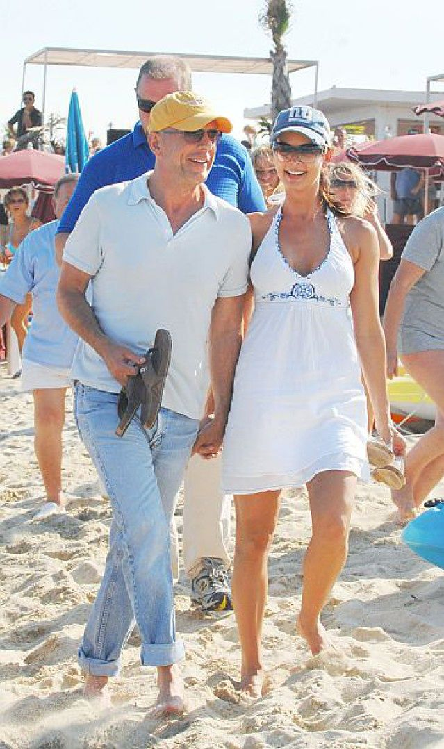 Bruce Willis na romantycznych wakacjach
