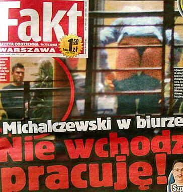 Co Michalczewski robi w biurze?