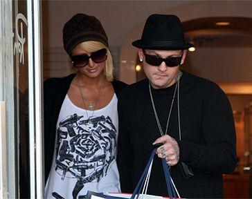 Chłopak Paris Hilton potrącił dziennikarza!