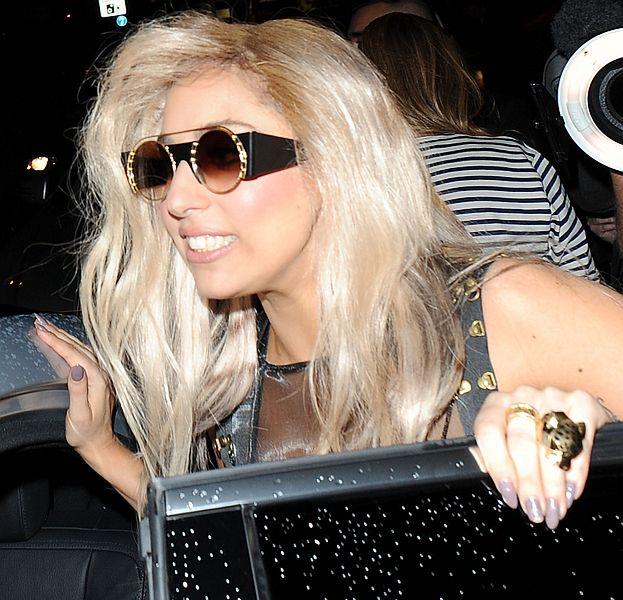 """""""Born this way"""" już jest najlepiej sprzedającym się singlem!"""
