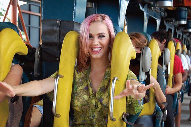 Katy Perry w różowych włosach!