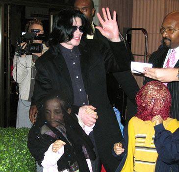 Zmuszą dzieci Michaela do występu w reality show?!