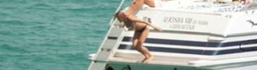 Elle MacPherson topless