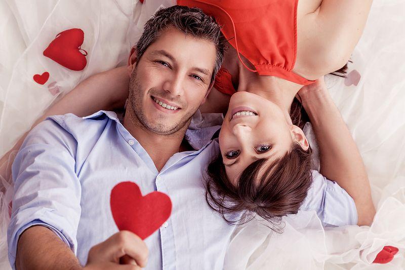 uzależnienie od miłości i randki online ustawy randkowe w stanie Kansas 2015
