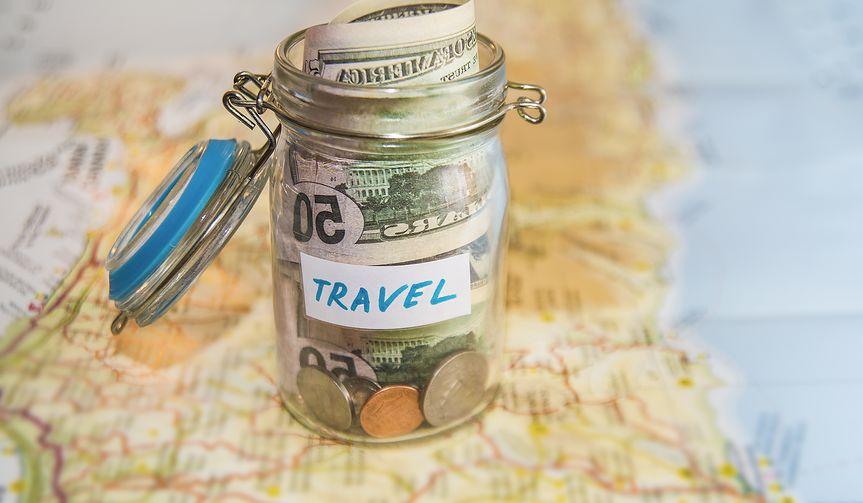 Jak oszczędnie zaplanować wakacje?