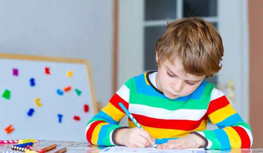 Sztuka pięknego pisania. Kaligrafia dla dzieci