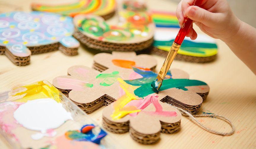 Jak dzieci mogą kreatywnie spędzać czas na świetlicy?