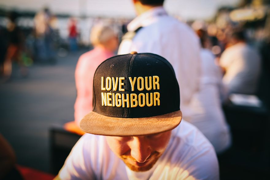 Wszystkie grzechy sąsiadów. Jak łatwo poradzić sobie z kłopotliwymi sytuacjami?