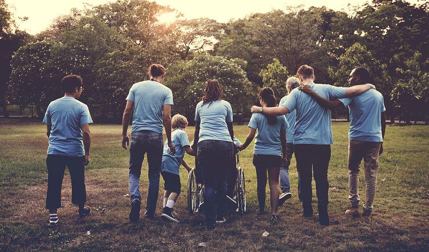 Jesteśmy coraz bardziej otwarci na potrzeby innych – chętnie i często sięgamy do portfeli
