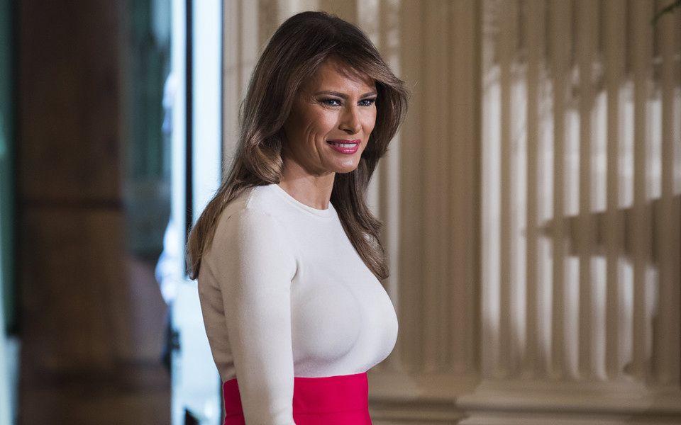 2A Wy co myślicie o tym stroju Melanii?