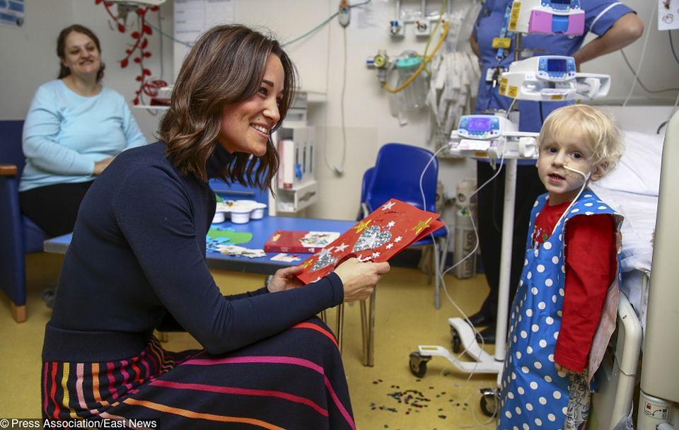 2Middleton przygotowała świąteczne kartki dla pacjentów