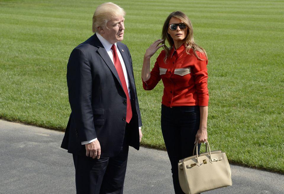 2Melania Trump z torebką za 40 tysięcy wraca z Camp David