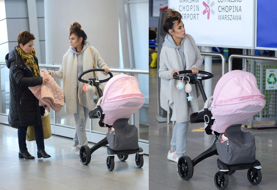 2Natalia dbała o to, aby córka nie nudziła się na lotnisku