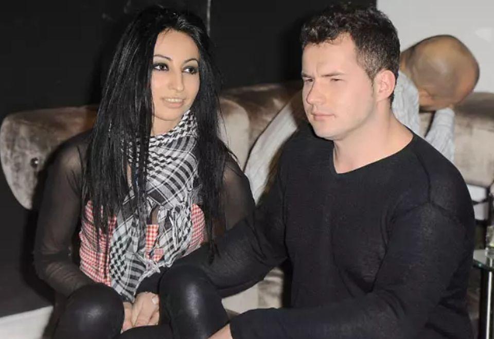 2W 2011 roku Jola przyprowadziła na salony nowego partnera, jednak nie zdradziła jego tożsamości