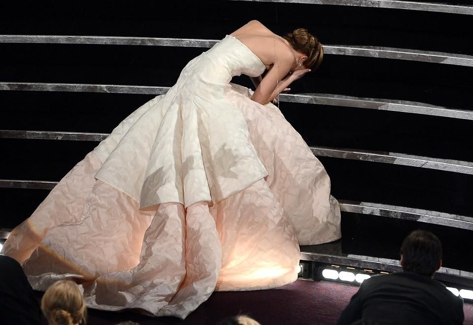 2Upadek Jennifer Lawrence
