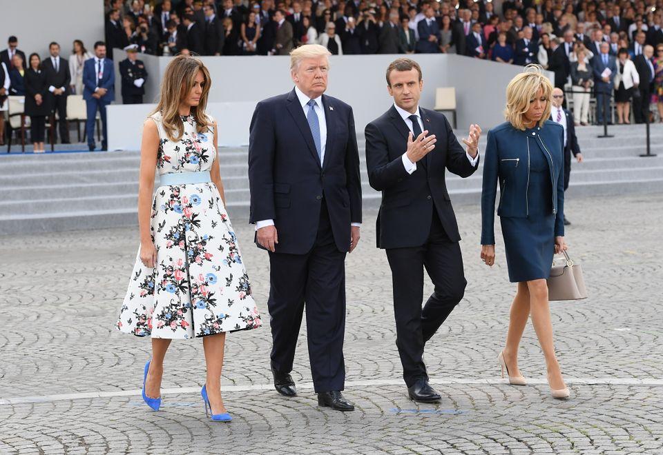 2Melania i Donald Trump z Emmanuelem Macronem i jego żoną, Brigitte