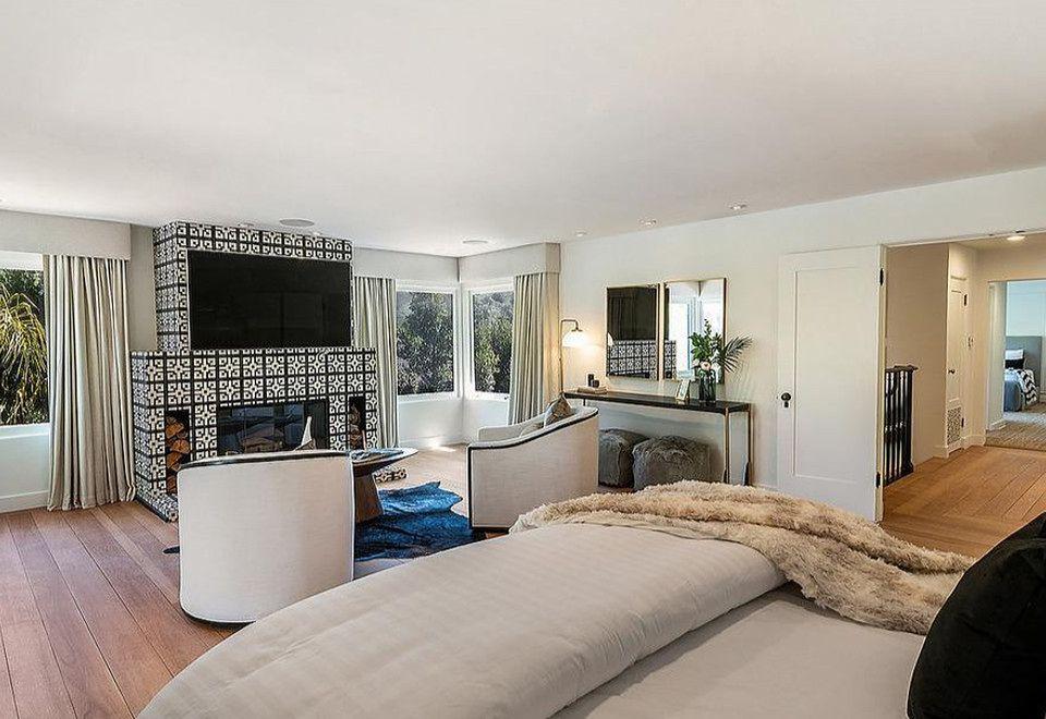 2Część mieszkalna to pięć sypialni