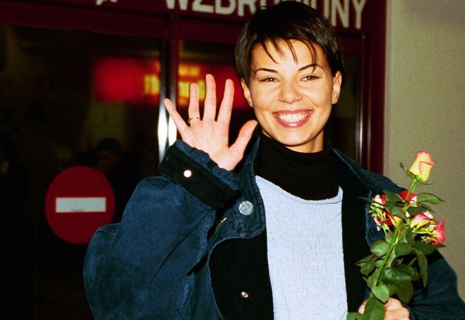 2Na lotnisku, 1997