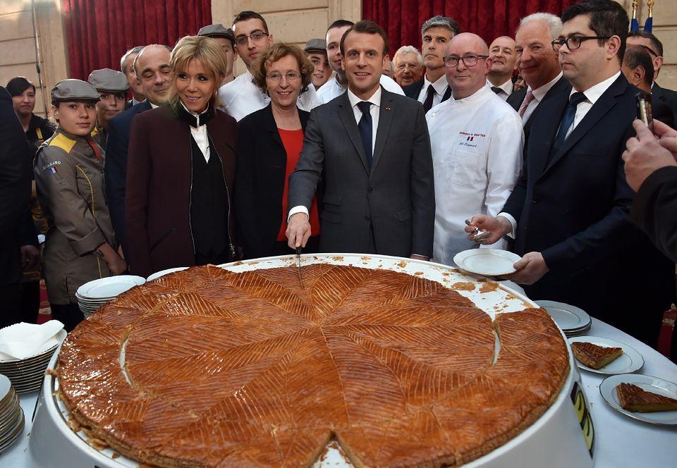 2Brigitte i Emmanuel Macron już wrócili z podróży do Chin