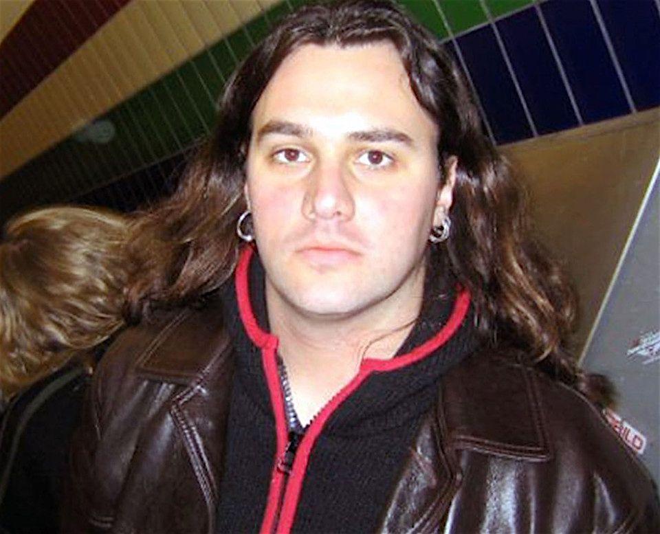 2Ofiary zamachów w Paryżu:  Guillaume B. Decherf (43 l.), dziennikarz muzyczny