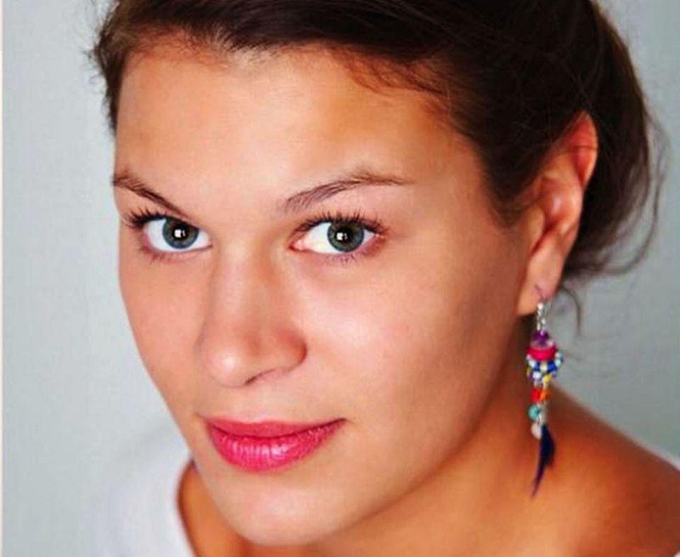 2Ofiary zamachów w Paryżu:  Aurelie Burot (20 l.)