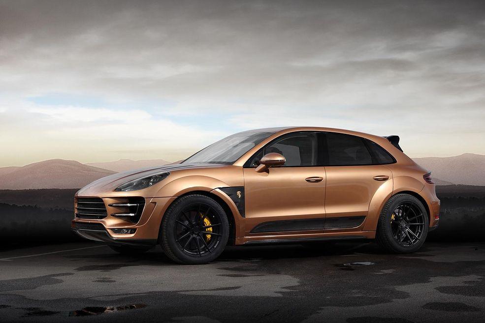 Nadwozie auta pokryte jest lakierem w kolorze złotym. Dopełnieniem efektownego wyglądu są wstawki z włókna węglowego. Chociaż zmiany są radykalne, trzeba przyznać, ze Topcarowi udało się uniknąć oszpecenia auta.