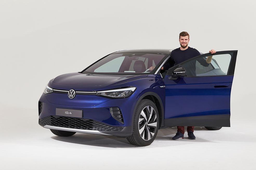 Volkswagen ID.4 pod kątem przestronności stanowi poważne zagrożenie nawet dla spalinowych rywali