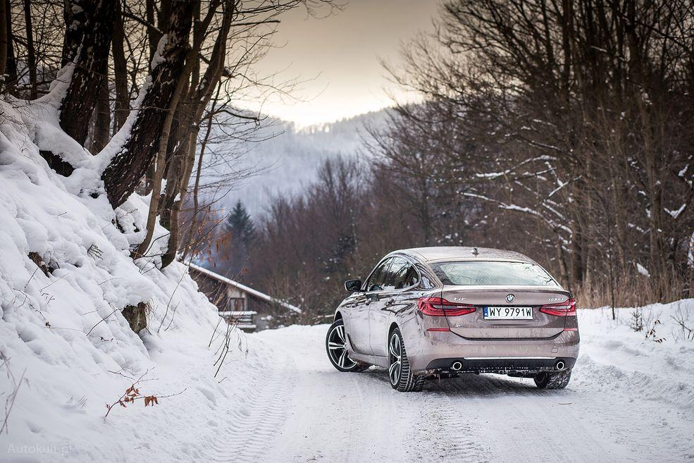 Od razu w oczy rzuca się nietypowe nadwozie BMW 6 GT