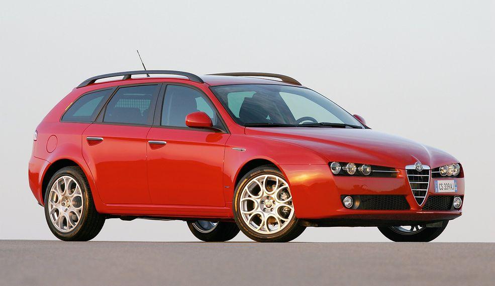 Alfa Romeo 159 jest świetnym przykładem obrazującym zależność gamy silników od norm emisji Euro. W 2010 r., tuż przed zakończeniem produkcji, jeszcze wprowadzono nowe jednostki napędowe.
