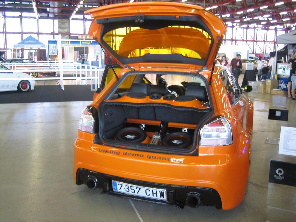 Dodatkowe Ekstremalne zabudowy car audio [galeria] | Autokult.pl TI58