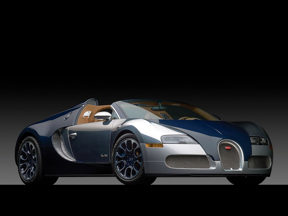 bugatti veyron wersje specjalne na 100 zdj ciach. Black Bedroom Furniture Sets. Home Design Ideas