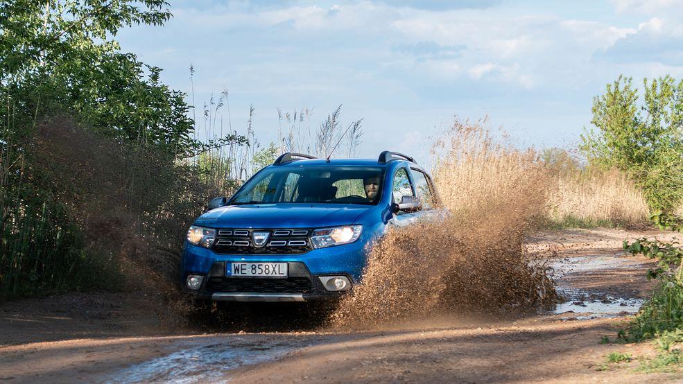 """Dacia Sandero Stepway potrafiłaby zawstydzić niejednego """"prawdziwego"""" crossovera"""