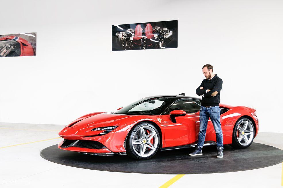 Ferrari SF90 Stradale robi niesamowite wrażenie na żywo (fot. Mariusz Zmysłowski)