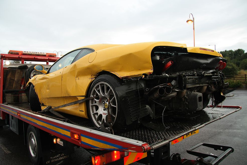 Wypadki Piekielnie Drogich Samochod 243 W Galeria Autokult Pl
