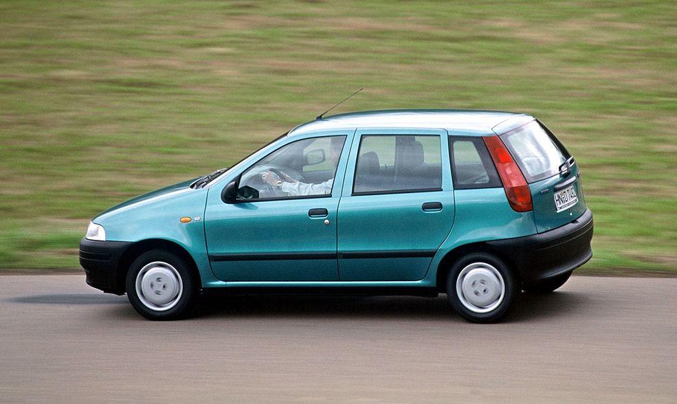 U ywane samochody kt rych nie warto kupowa poradnik for Fiat punto 1 interieur