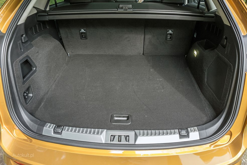 Ford Edge 2 0 Tdci 2016 Zdjęcia Bagażnik Wnętrze