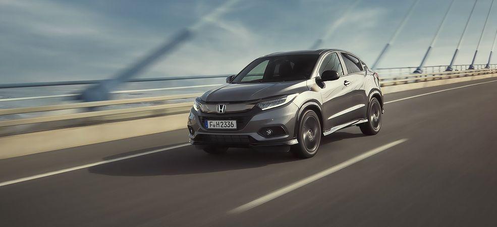 Jeździ lepiej niż sugeruje to wygląd. Prawdziwa Honda dla tych, którzy lubią prowadzić.