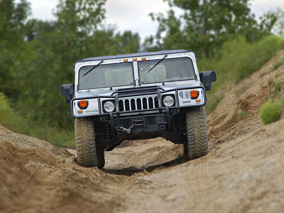 Hummer H1 (fot. carphotoshow.com)