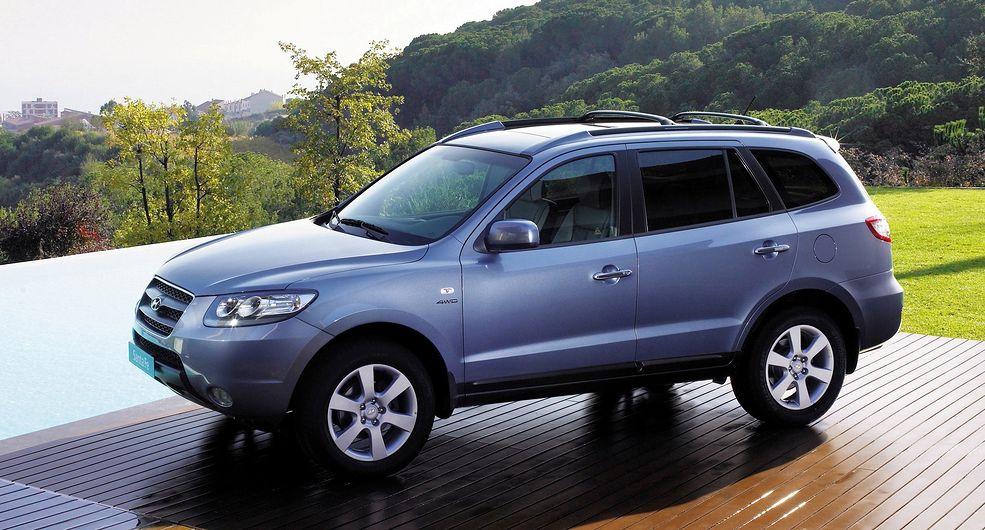 Hyundai Santa Fe obecnie cieszy się powodzeniem jako tańsza alternatywa dla modeli japońskich.