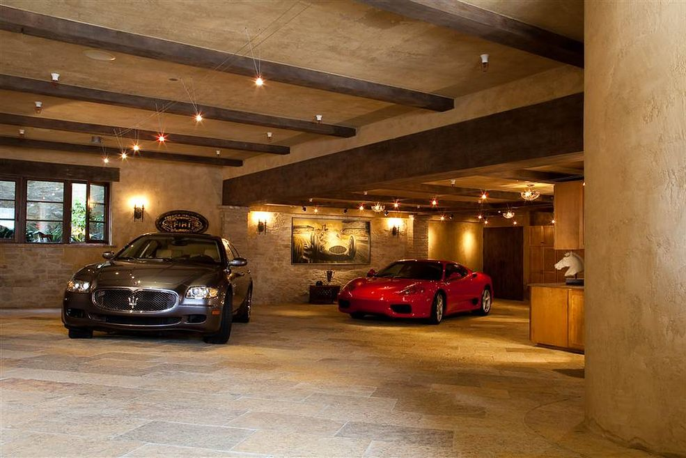 Gara e marze maniak w samochod w galeria for Piano casa a quattro timpani con garage
