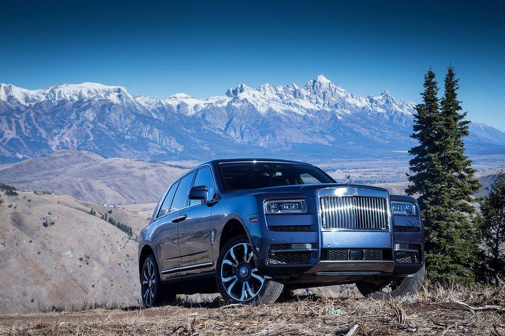 Rolls-Royce Cullinan (2019) w górach Teton (fot. Mateusz Żuchowski)