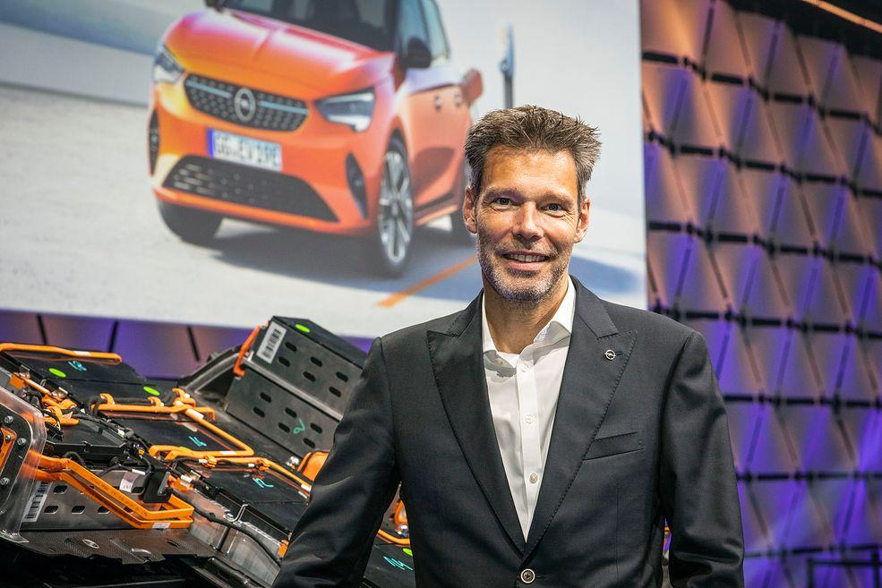 Frank Jordan otwarcie mówi, że firma wierzy nie tylko w elektryki, ale też samochody z napędem wodorowym.