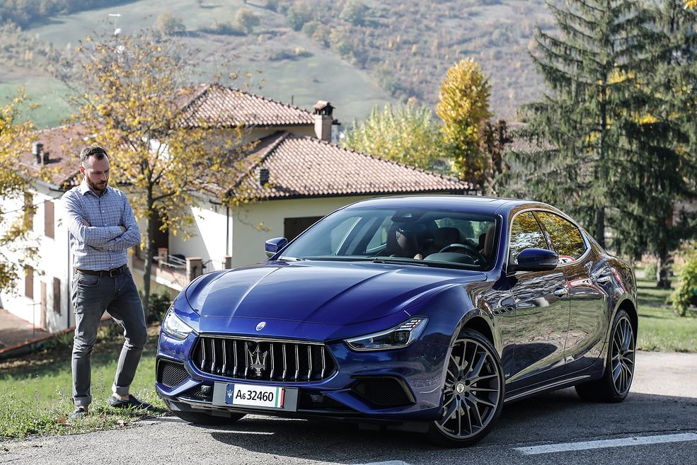Maserati Ghibli Hybrid z autorem tekstu (fot. Maserati)