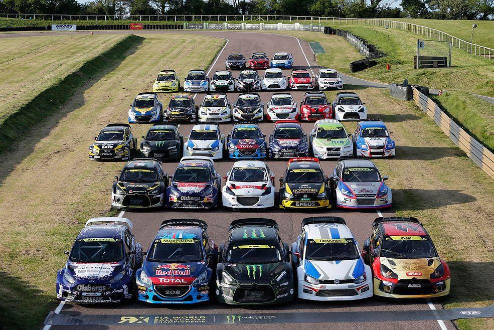 Samochody - jak w każdej dyscyplinie motorsportu głównymi gwiazdami są samochody i tu nie brakuje różnorodności