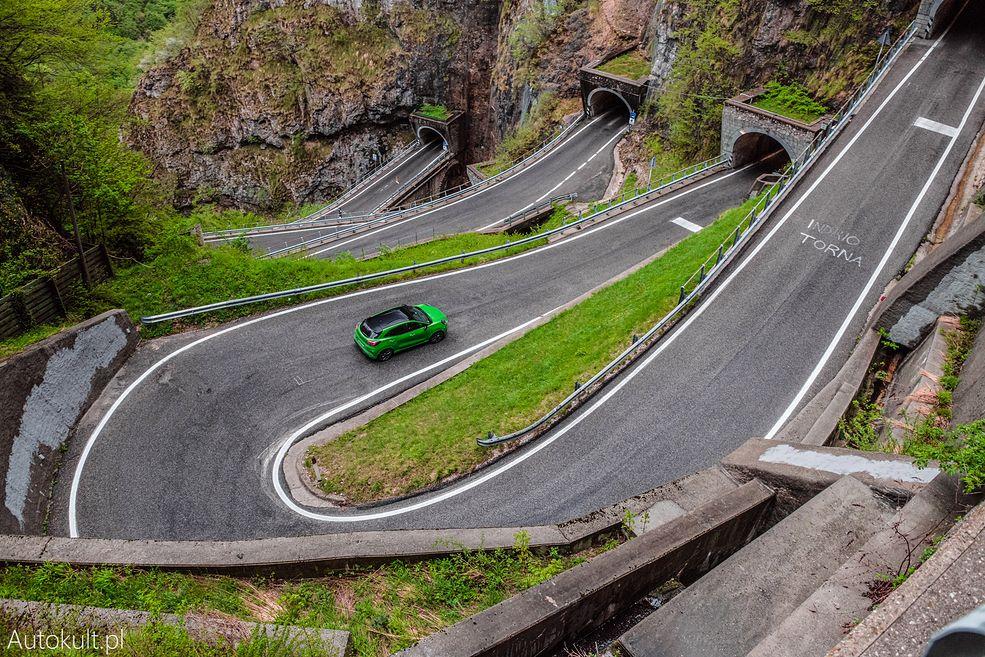 Ford Puma ST na Passo San Boldo