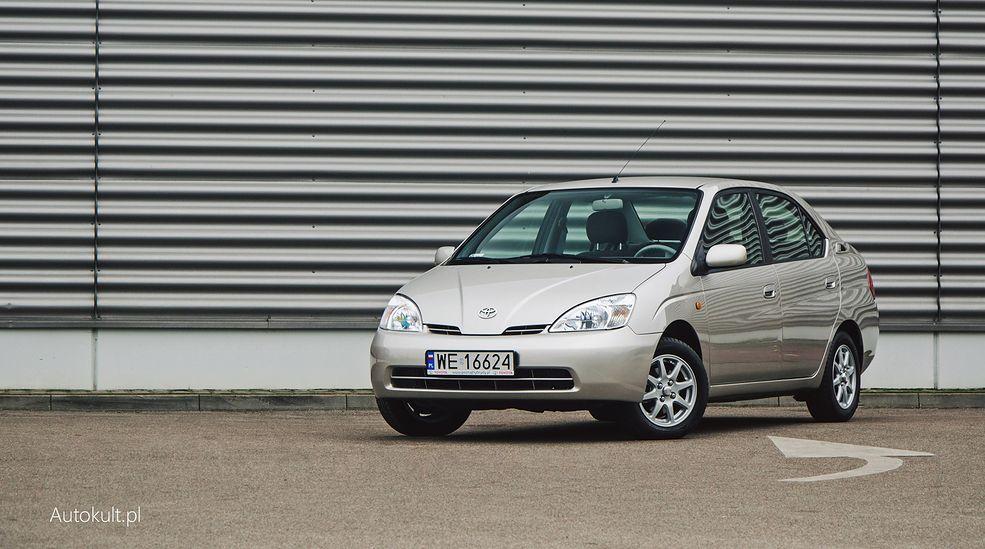 Kierunek hybrydy. Od Toyoty Prius wszystko się zaczęło.