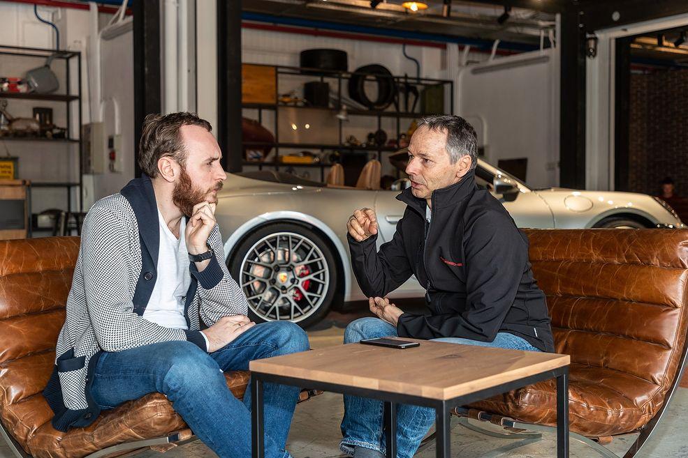 August Achleitner z Porsche podczas wywiadu z redakcją Autokultu (fot. Frank Ratering)