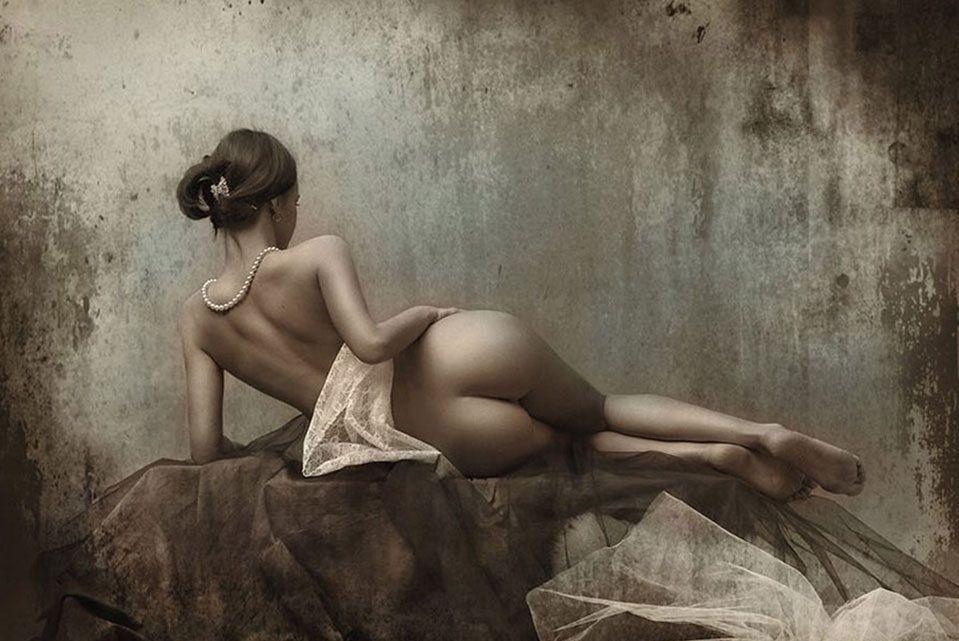 naked-art-girls-hot-amateur-gif